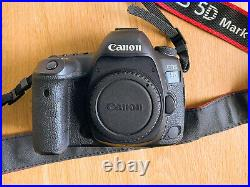 Canon 5D Mark IV body only Fantastic Condition Original Charger, Battery