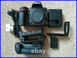 Nikon D750 24.3mp DSLR Camera, Charger, Battery Grip, L-plate, USB cable