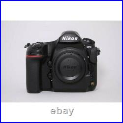 Nikon D850 DSLR Camera & battery grip perfect working order