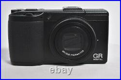 RICOH GR Digital III Camera Black w / Battery Charger Exc+++
